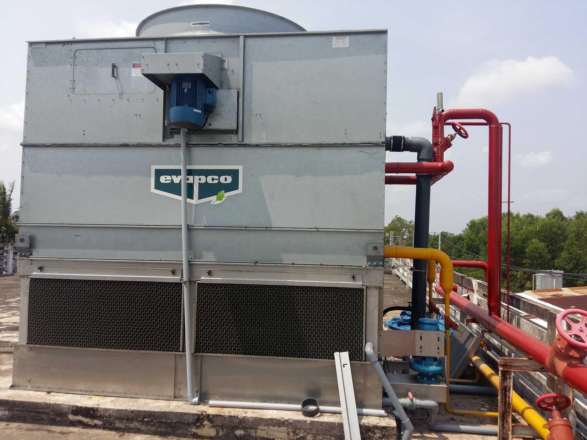 Giải pháp xử lý cáu cặn cho hệ thống giàn ngưng va tháp giải nhiệt