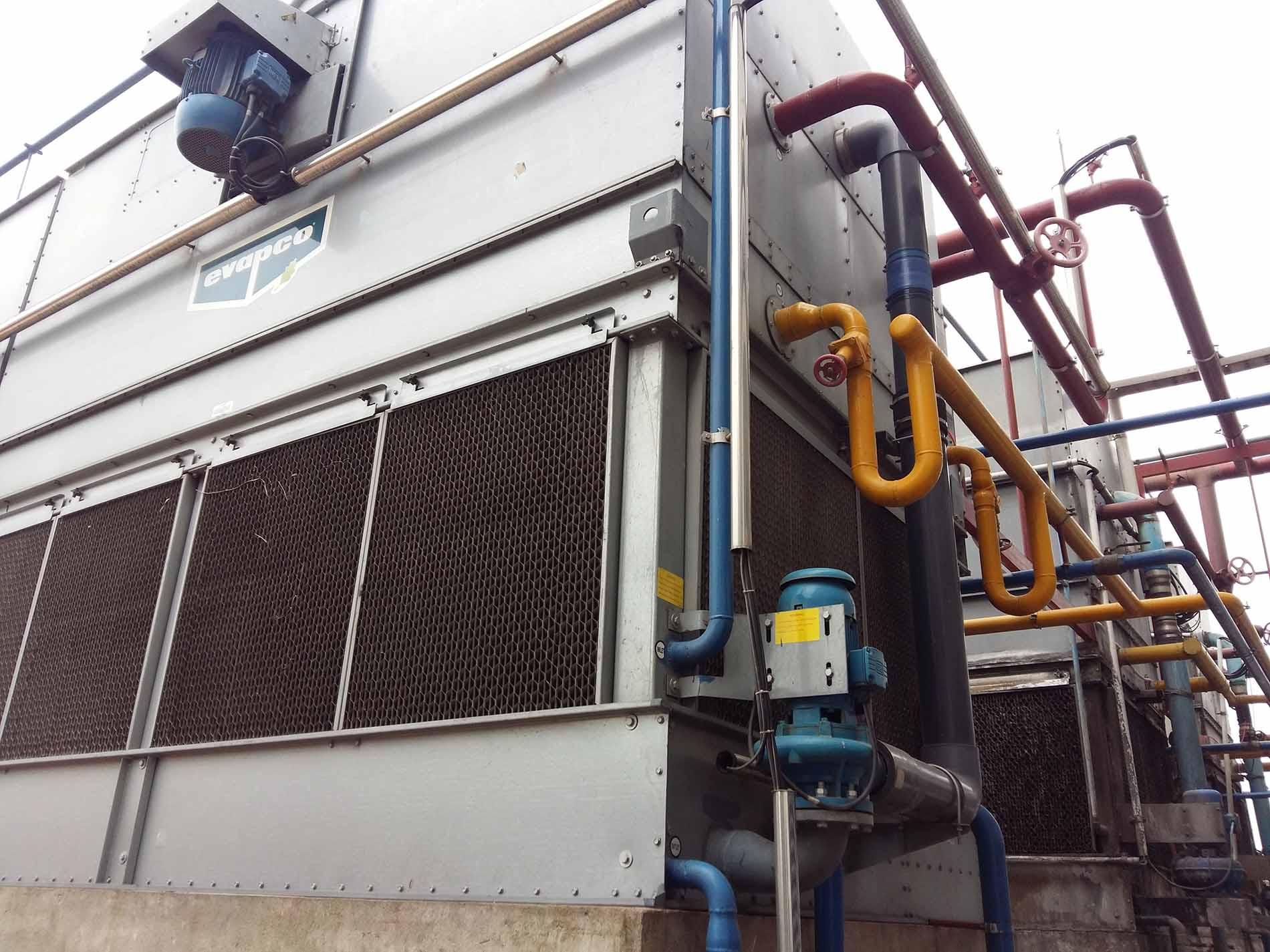 Phương pháp xử lý cáu cặn cho hệ thống giàn ngưng & tháp giải nhiệt